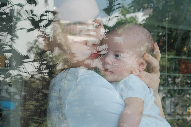 Khoảnh khắc ấm áp giữa Hồ Ngọc Hà và con gái, ngoại hình của cô bé gây chú ý  - Ảnh 1.