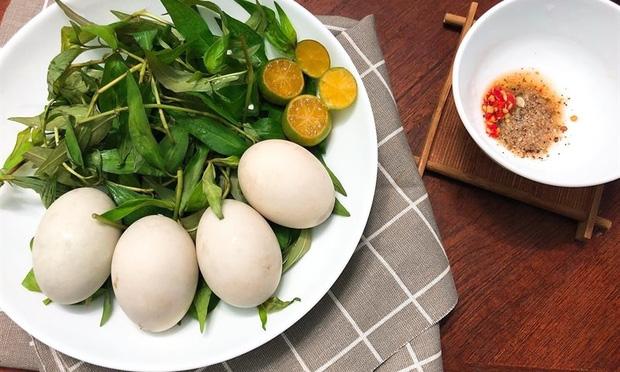 Vì sao trứng vịt lộn bị cấm bán ở Hàn Quốc? - Ảnh 2.