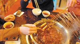 Những người nấu ăn tại nhà chú ý tránh xa 2 loại dầu ăn có thể gây hại cho sức khỏe