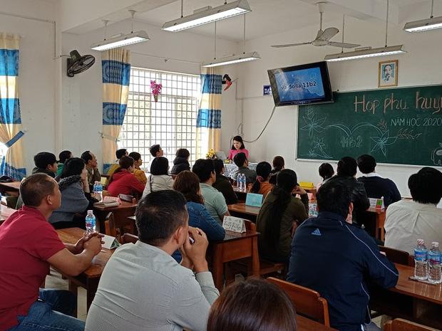 Cô giáo gây sốt với buổi họp phụ huynh có 1-0-2, dân tình nhìn vào chỉ muốn xin chuyển lớp - Ảnh 1.