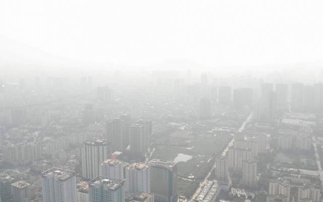 Hà Nội ô nhiễm không khí, chuyên gia hướng dẫn cách giữ sức khỏe - Ảnh 1.