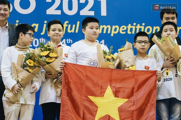 2 nam sinh lớp 6 giành HCV Olympic Toán và Khoa học quốc tế - Ảnh 6.