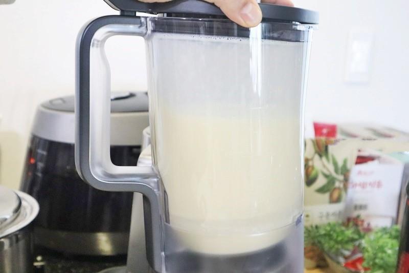 Chán ăn khoai lang, tôi mang ra làm sữa uống ai dè cả nhà hết lời khen ngon! - Ảnh 4.