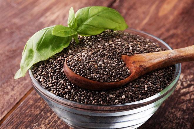 BS Đông y hướng dẫn cách làm món ăn từ vừng đen: Bổ thận, đen tóc, xương khớp chắc khỏe - Ảnh 1.