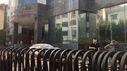 TP.HCM: Một tòa nhà tạm dừng hoạt động vì trường hợp F1 của BN 1553 - nhân viên sân bay Vân Đồn