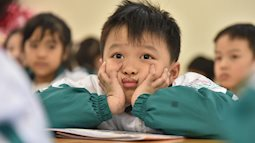 CẬP NHẬT: Hàng loạt trường ở Hà Nội thông báo khẩn cho học sinh, sinh viên nghỉ Tết sớm, tạm dừng hoạt động tập trung