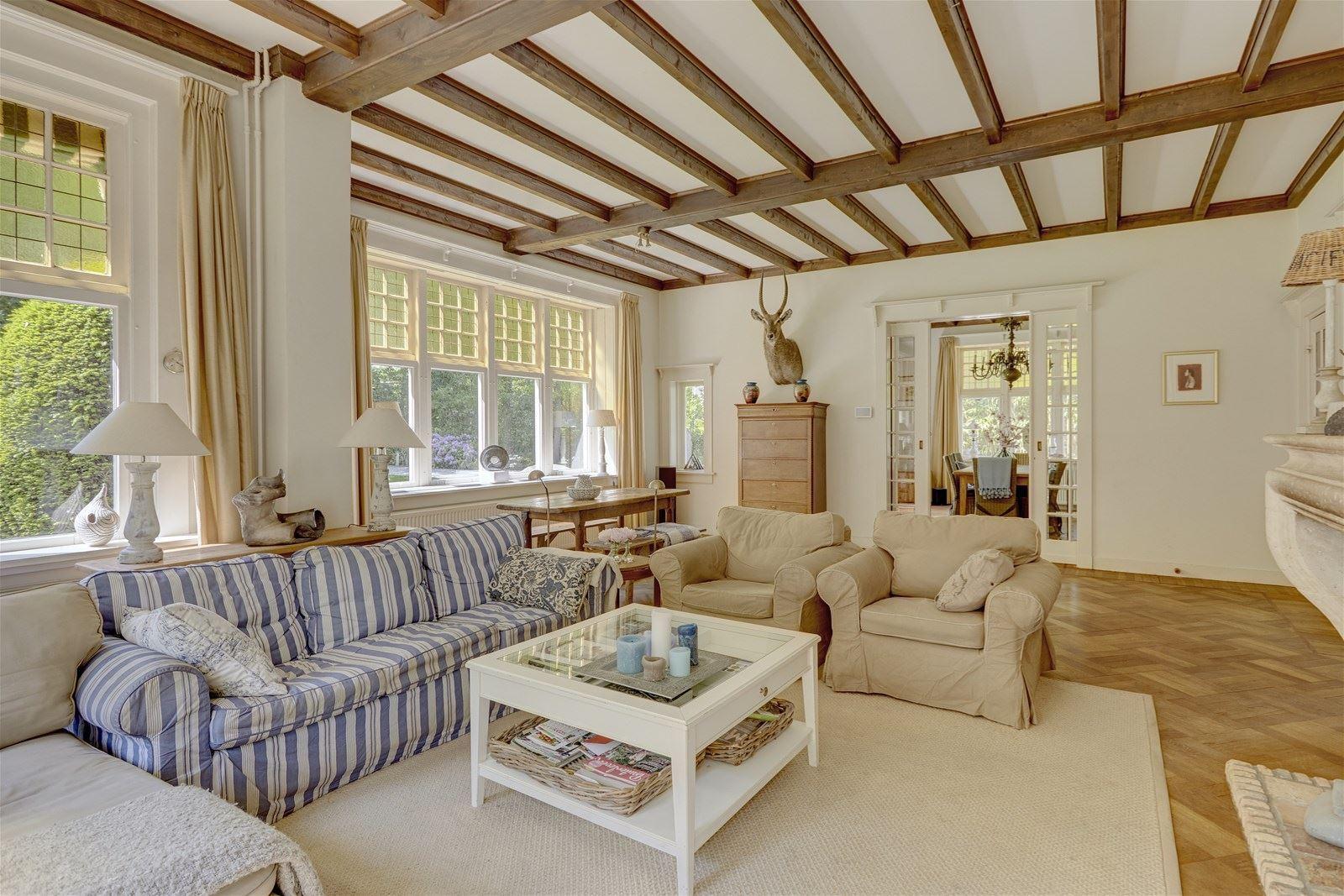 Nhà ở quê đẹp yên bình với những khoảng không gian ngập tràn ánh sáng - Ảnh 11.
