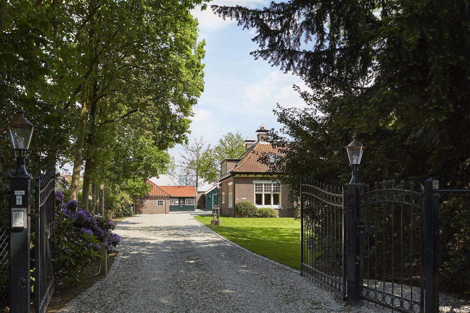 Nhà ở quê đẹp yên bình với những khoảng không gian ngập tràn ánh sáng - Ảnh 9.