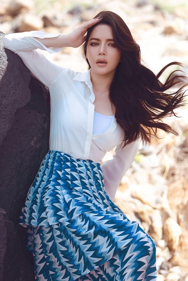 Dàn mỹ nhân Việt xinh đẹp, giàu có nhưng vẫn độc thân: Lý Nhã Kỳ, Thanh Hằng chưa một lần tiết lộ bạn trai, Sam đặt tiêu chuẩn gây tranh cãi - Ảnh 1.