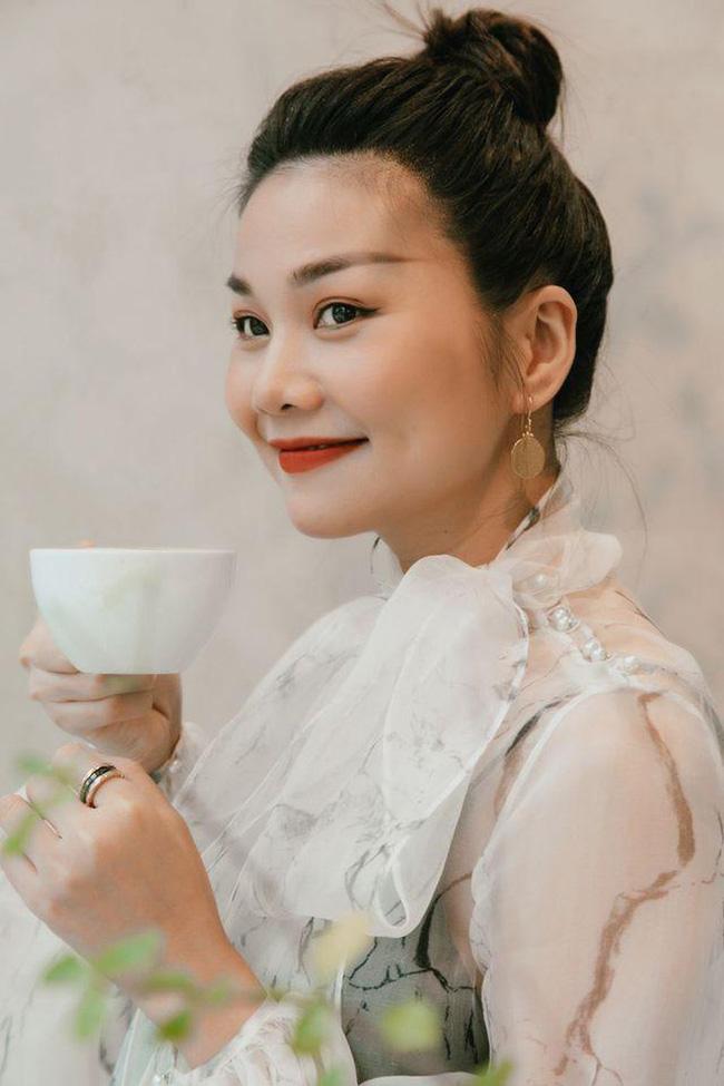 Dàn mỹ nhân Việt xinh đẹp, giàu có nhưng vẫn độc thân: Lý Nhã Kỳ, Thanh Hằng chưa một lần tiết lộ bạn trai, Sam đặt tiêu chuẩn gây tranh cãi - Ảnh 2.