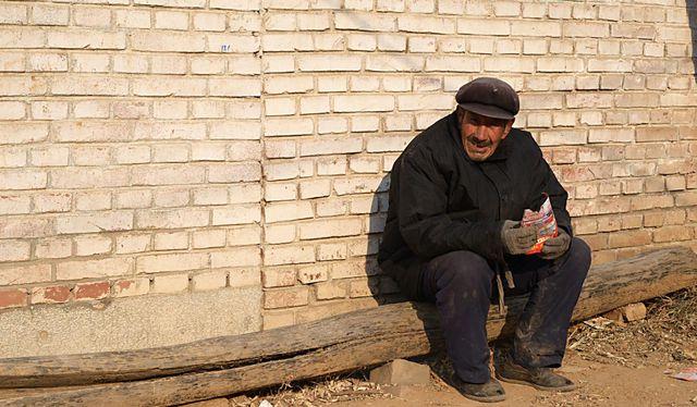 Cụ già 102 tuổi cả đời không bị loãng xương, bí quyết của cụ gói gọn trong 3 điều, làm đúng tự nhiên sẽ sống lâu hơn - Ảnh 3.