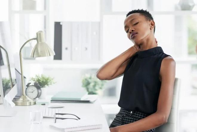 10 triệu chứng thoát vị đĩa đệm bạn cần lưu ý - Ảnh 3.
