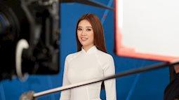 Hoa hậu Khánh Vân mang áo dài, đồ bảo hộ vào hình hiệu Road To Miss Universe 2020