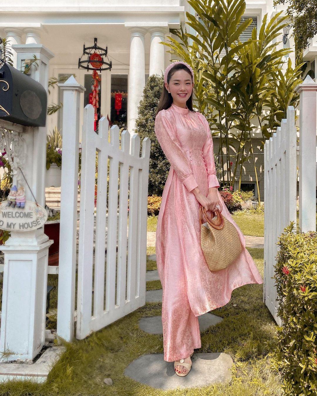 """Minh Hằng có nhiều váy áo bình dân siêu xinh và tôn dáng, chị em """"đu"""" theo cực dễ - Ảnh 6."""