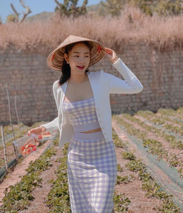 """Minh Hằng có nhiều váy áo bình dân siêu xinh và tôn dáng, chị em """"đu"""" theo cực dễ - Ảnh 1."""