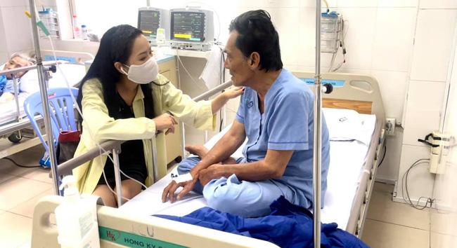 Hình ảnh mới nhất của diễn viên Thương Tín: Sức khỏe đã ổn, có thể ngồi ăn và nói chuyện được - Ảnh 3.