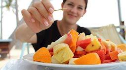 Nửa tiếng sau bữa ăn là thời điểm vàng để bồi bổ dạ dày, làm đúng thì sống thọ, làm sai coi như tự hại mình