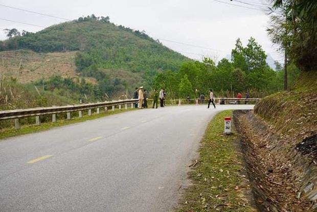 Xe khách giường nằm lao xuống vực ở Tuyên Quang, 1 người tử vong - Ảnh 4.