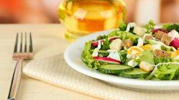 Ăn salad để giảm cân? 8 cách ăn salad sai lầm có thể gây phản tác dụng, thậm chí hại sức khỏe