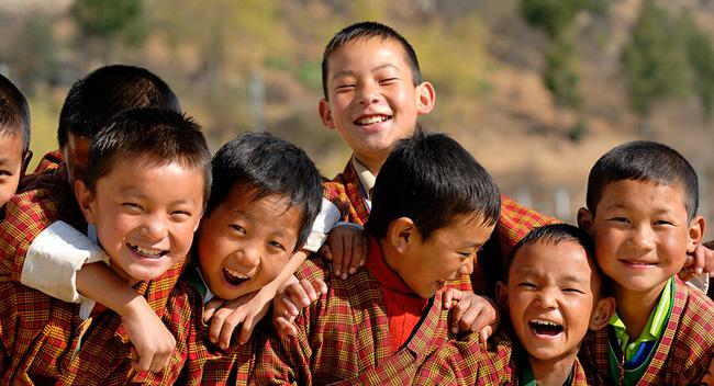 NÓNG: Việt Nam chính thức vượt mặt Bhutan trở thành 1 trong 5 quốc gia có chỉ số hạnh phúc cao nhất thế giới - Ảnh 4.