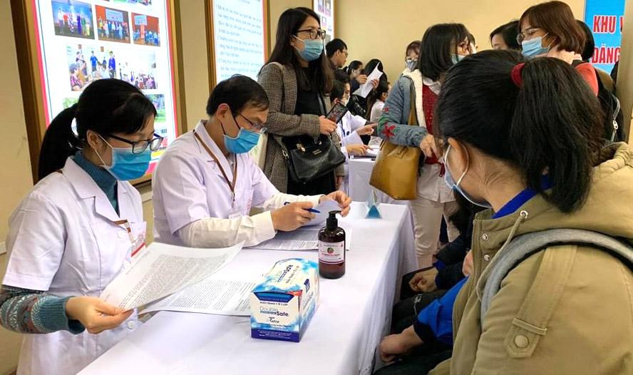 Sáng 5/3, bắt đầu tuyển tình nguyện viên tham gia thử nghiệm vắc xin COVIVAC - Ảnh 1.