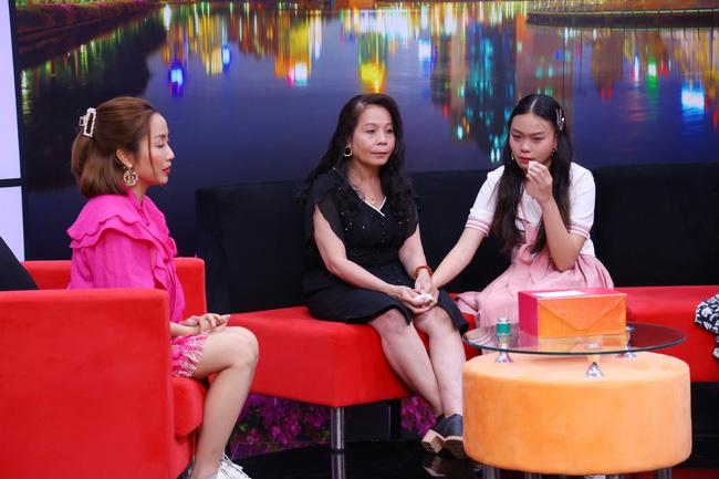 Bé gái 14 tuổi kể chuyện chứng kiến ba nhiều lần bước ra khách sạn với phụ nữ khác, Ốc Thanh Vân khuyên 1 câu khiến ai cũng đồng tình - Ảnh 2.