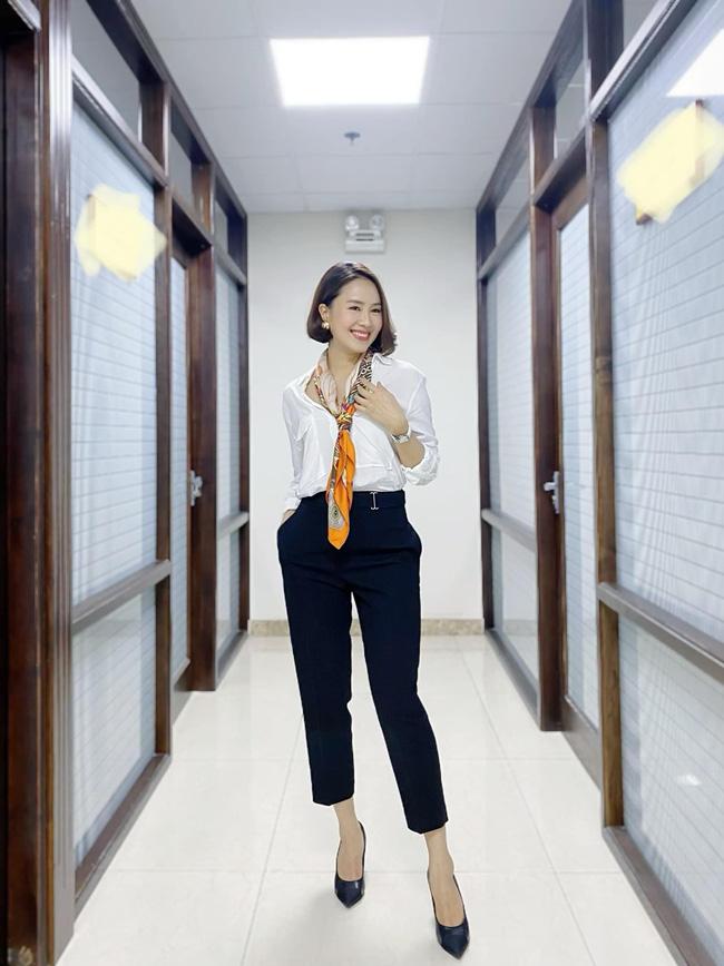 Hồng Diễm có loạt outfit chuẩn công sở mà vẫn cực trẻ xinh, chị em học theo để ghi trọn điểm thanh lịch  - Ảnh 5.