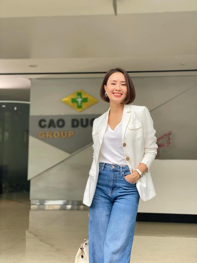 Hồng Diễm có loạt outfit chuẩn công sở mà vẫn cực trẻ xinh, chị em học theo để ghi trọn điểm thanh lịch  - Ảnh 4.