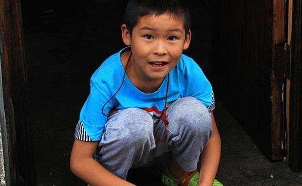 Con trai 12 tuổi thường xuyên dậy sớm nấu ăn cho gia đình, bà mẹ phát hiện chỉ là ngụy trang, mục đích thức sự khiến ai nấy ớn lạnh - Ảnh 2.