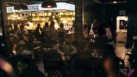 Léon: Quán cocktails mang phong cách rạp phim nhất định phải đến một lần