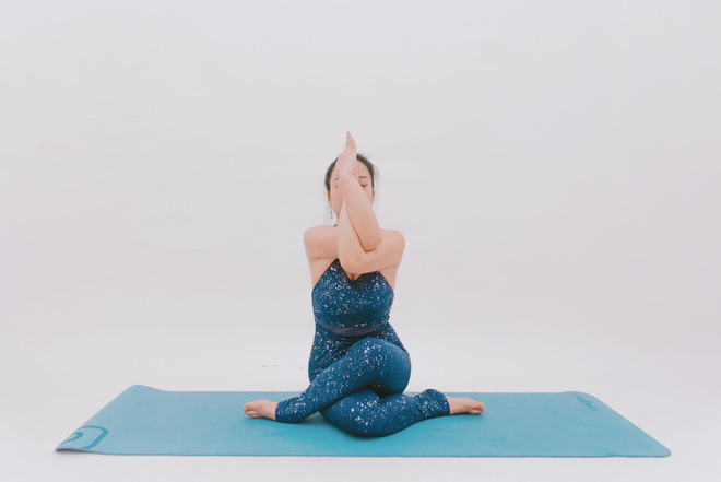 Bài tập dành cho người bị đau cổ vai gáy: Ai cần phòng ngừa đau đớn thì tập luôn và ngay - Ảnh 8.