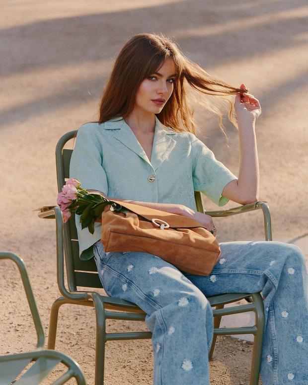 Điểm mặt 5 kiểu áo sơ mi của phụ nữ Pháp, chỉ cần diện đơn giản cũng đạt 100 điểm tinh tế! - Ảnh 13.