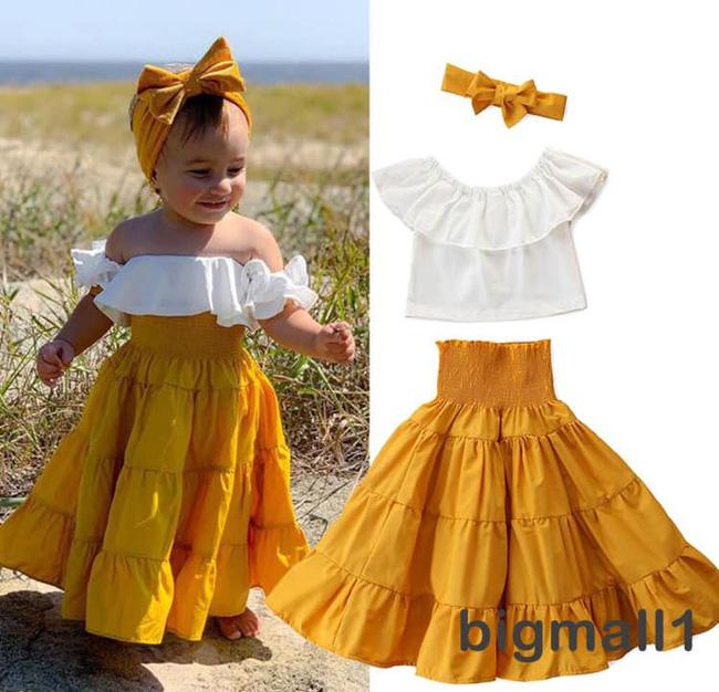 Mua hàng online bộ váy điệu đà cho con, mẹ trẻ nhận hàng hí hửng mặc thử cho bé và cái kết khiến hai mẹ con cười muốn xỉu - Ảnh 1.
