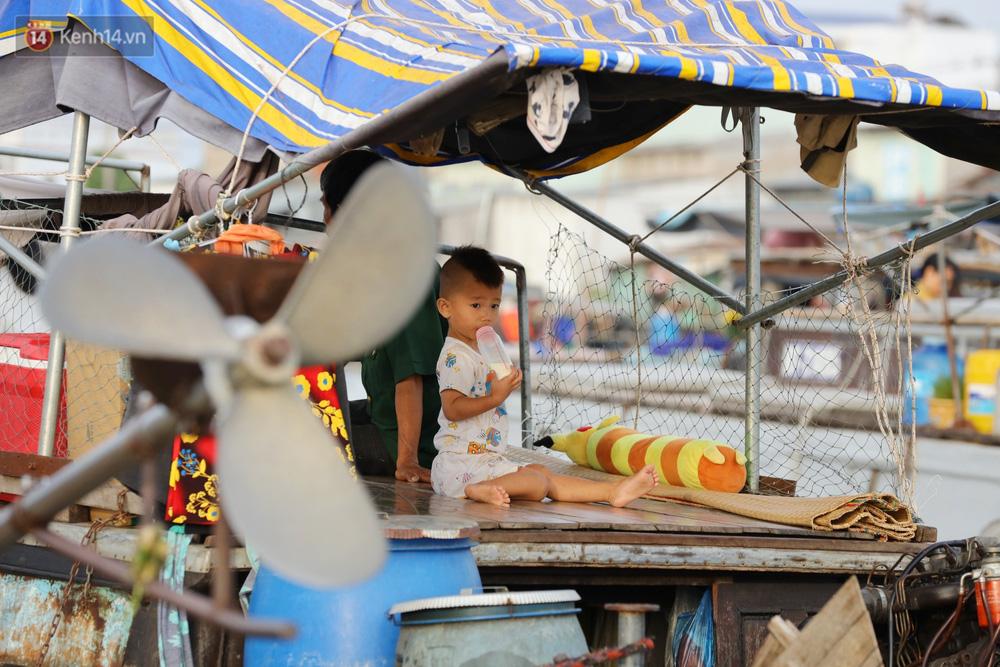 Về chợ nổi Cái Răng vừa ăn bún di động trên sông, vừa được karaoke khuyến mãi: Hát hay hơn chủ là khỏi trả tiền - Ảnh 13.