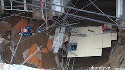"""""""Hố tử thần"""" ở Hà Nội lan rộng ra 50m2 sau một đêm"""