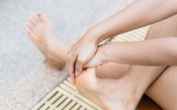 4 vị trí quan trọng hay bị bỏ quên khi tắm, vệ sinh sạch sẽ chúng giúp giải độc cơ thể và tăng cường sức khỏe - Ảnh 2.
