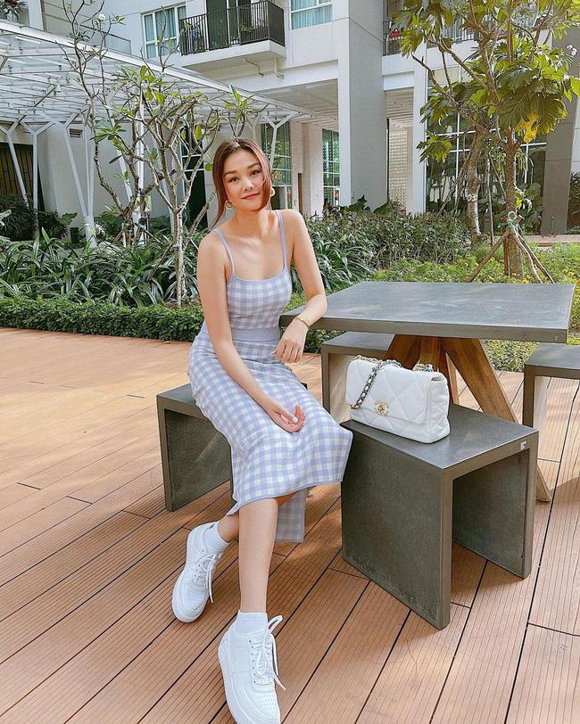 Thanh Hằng mới cập nhật một loạt outfit mùa Hè xinh ngây ngất, nàng 30+ học theo thì đảm bảo trẻ trung mà vẫn thanh lịch - Ảnh 8.