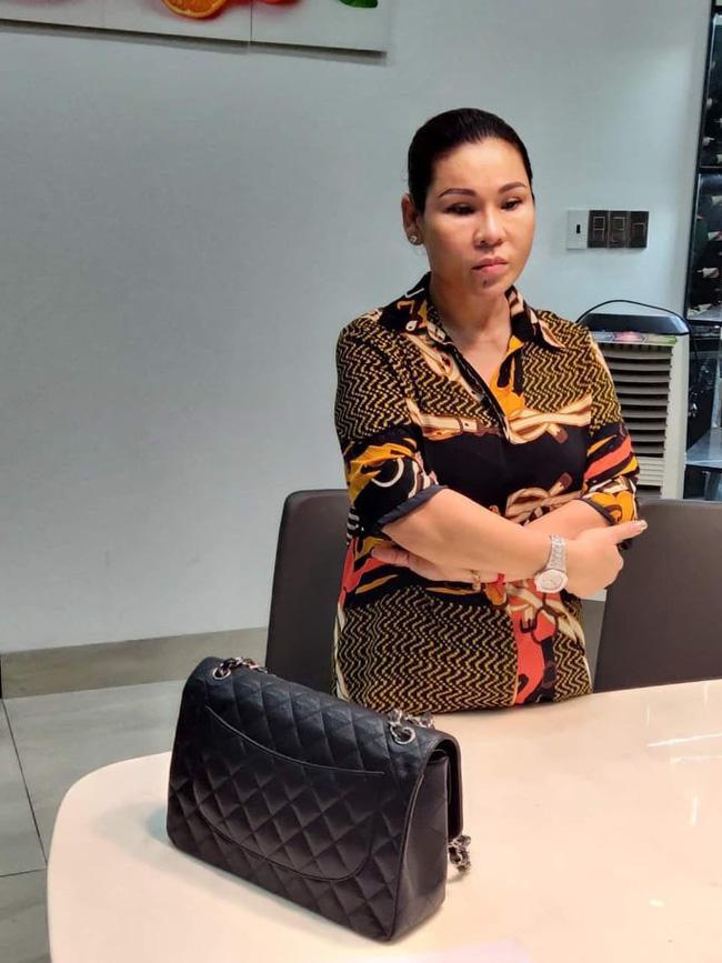 Vợ đại gia bất động sản của diễn viên Kinh Quốc giàu có cỡ nào? - Ảnh 1.