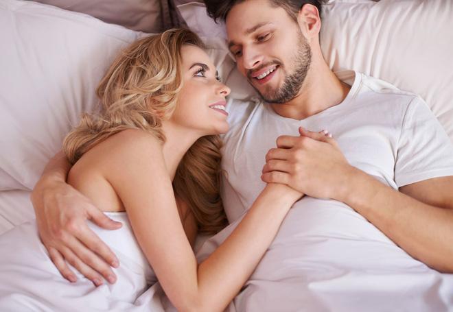 Tăng cường sinh lý nam: 9 cách có tác dụng bất ngờ - Ảnh 1.