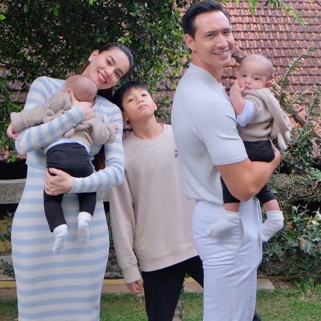 Hình ảnh gia đình 5 người siêu ngọt ngào của Hồ Ngọc Hà - Kim Lý ở Đà Lạt, nhìn cách cặp vợ chồng dõi theo Subeo mà xúc động - Ảnh 3.