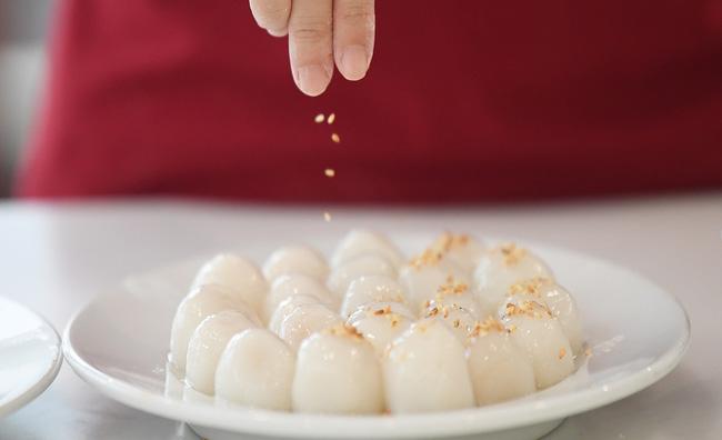 Chuyện Tết Hàn thực năm xưa: Bánh trôi nước là món ăn đánh dấu lần đầu tiên vào bếp cùng mẹ của biết bao đứa trẻ, giờ đã lớn cả rồi! - Ảnh 7.