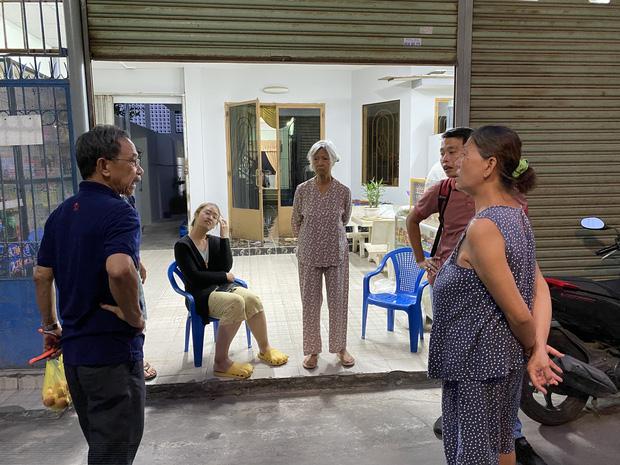 """Khổ như Sài Gòn cúp nước: Người dân phải """"nhịn"""" vệ sinh buổi tối, tích trữ nước trước 5 giờ chiều - Ảnh 3."""