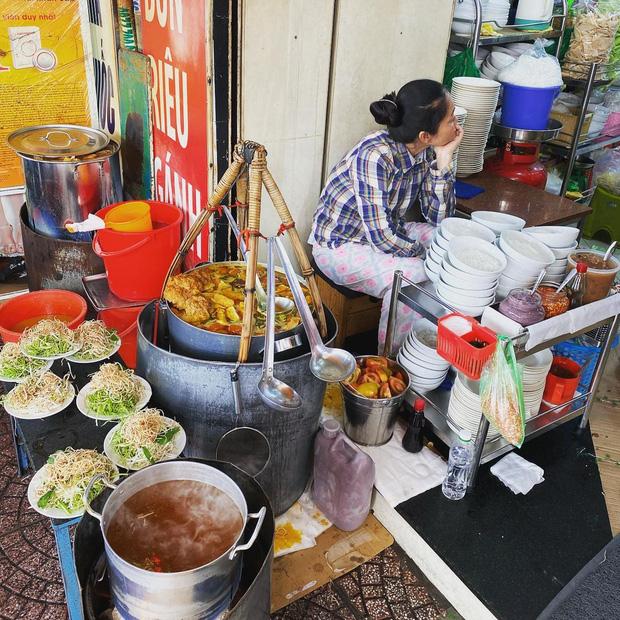 Sài Gòn có 10 quán nhìn thì bình dân nhưng giá đắt xắt ra miếng, thực khách đến ăn lần đầu đảm bảo ai cũng sốc nhẹ - Ảnh 33.