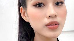 Tẩy makeup đi ăn vỉa hè cùng Á hậu Phương Anh, Đỗ Thị Hà lộ luôn nhan sắc thật