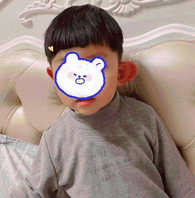 Tai con trai tự nhiên sưng phồng gấp đôi tai bên kia, biết nguyên nhân mẹ vừa thương con vừa cười ngặt nghẽo - Ảnh 2.