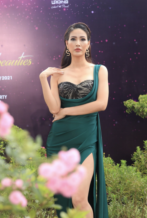 Sự kiện quy tụ đủ 7 mỹ nhân từng chiến Miss Earth: Phương Khánh, Diễm Hương khoe ngực đầy, Nam Em say nắng trên thảm đỏ - Ảnh 18.