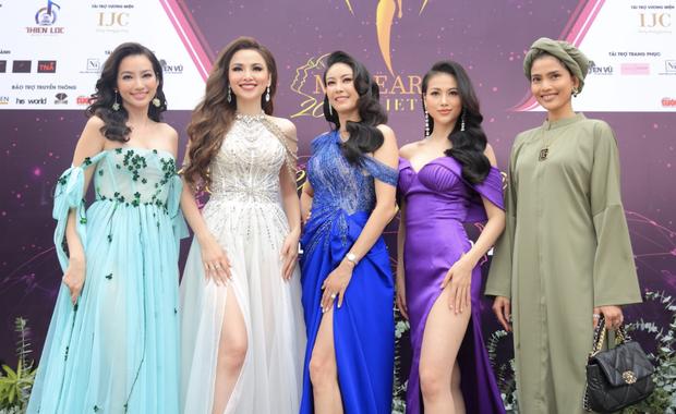 Sự kiện quy tụ đủ 7 mỹ nhân từng chiến Miss Earth: Phương Khánh, Diễm Hương khoe ngực đầy, Nam Em say nắng trên thảm đỏ - Ảnh 2.
