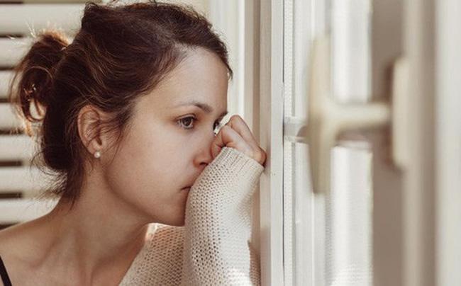 Màn xử chồng ngoại tình lạnh gáy của những người vợ: Bỏ hơn 300 nghìn, họ khiến đàn ông phải