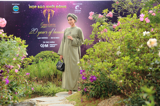 Sự kiện quy tụ đủ 7 mỹ nhân từng chiến Miss Earth: Phương Khánh, Diễm Hương khoe ngực đầy, Nam Em say nắng trên thảm đỏ - Ảnh 14.