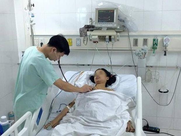 Nữ sinh 22 tuổi tử vong giữa đêm vì không biết mình mang thai... ngoài tử cung - Ảnh 1.